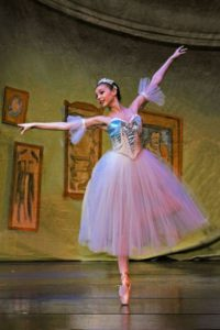 ballerina dancing snowflake in the nutcracker ke in the nutcr
