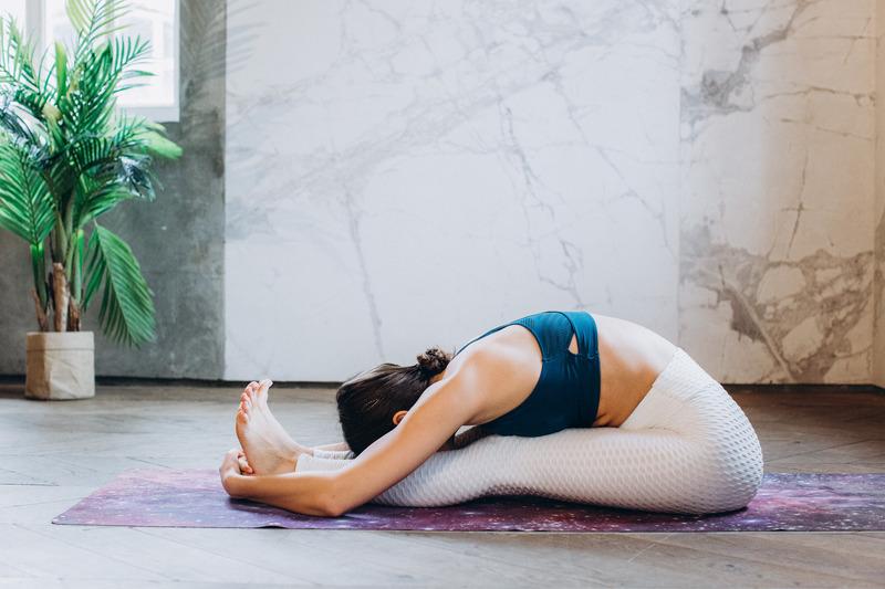 Muscle-shake-woman-stretching