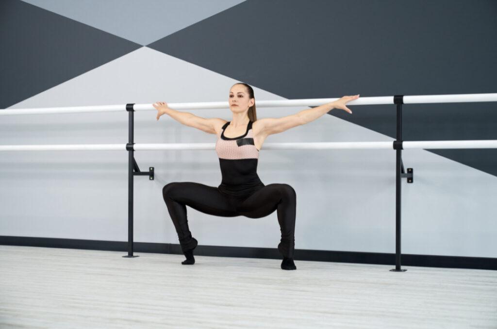 calf-raised-plie-squat